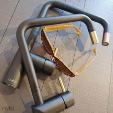 पीतल/गोल्ड रसोई नल काला/गोल्ड/पीतल - Nivito 1-RH-340-BISTRO